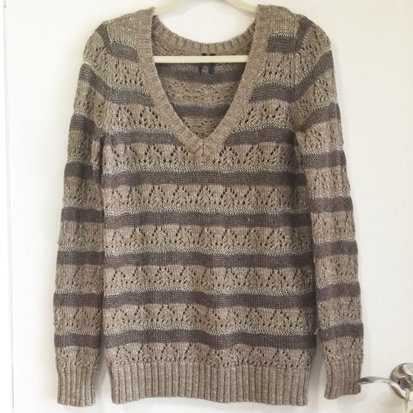 40% OFF Guess sparkly v-neck sweater